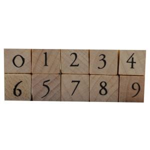 Stempel-Set aus Holz 0 - 9